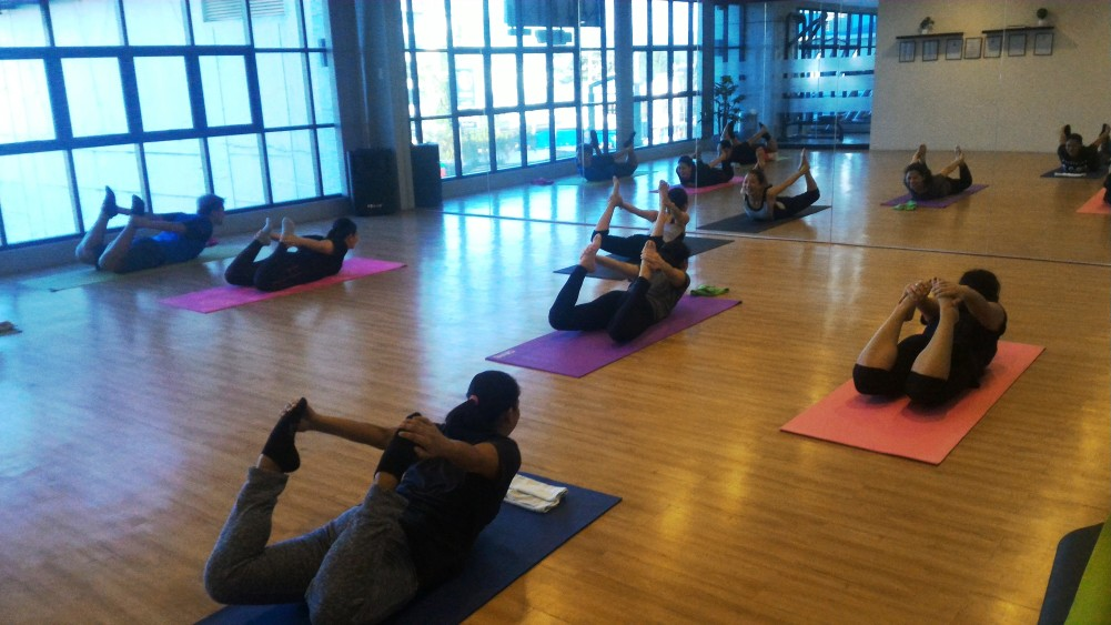 Experience the Physical and Mental Benefits of Yoga at Fitpark Wellness Gym