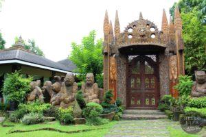 Cintai Corito's Garden Door
